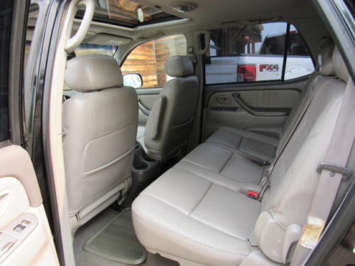 2001 Toyota Sequoia Limited (15)