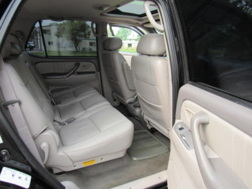 2001 Toyota Sequoia Limited (18)
