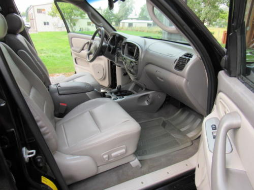 2001 Toyota Sequoia Limited (19)