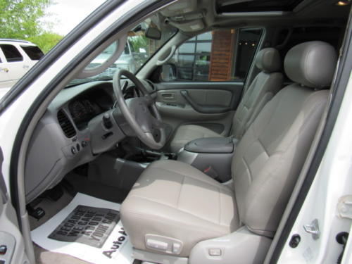 2002 Toyota Sequoia Limited (10)