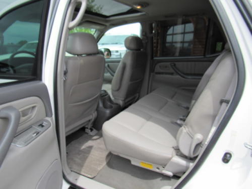 2002 Toyota Sequoia Limited (14)