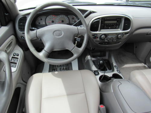 2002 Toyota Sequoia Limited (15)