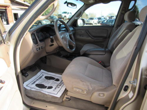 2002 Toyota Sequoia SR5 Bozeman USed Cars (11)