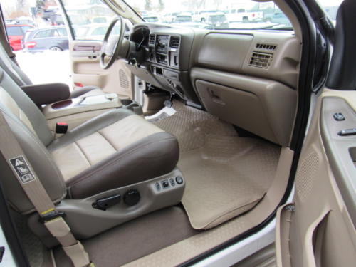 2003 Ford Excursion Eddie Bauer (6)