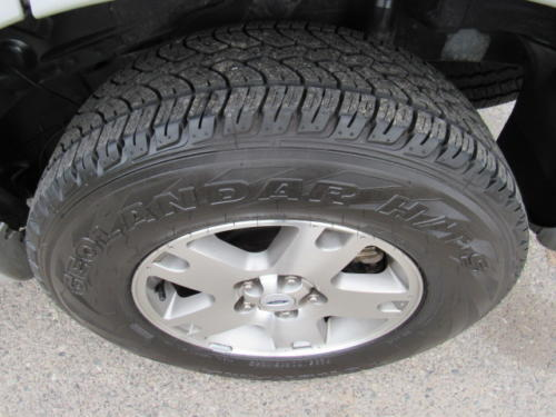 2005 Ford Escape Limited (1)