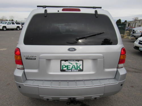 2005 Ford Escape Limited (10)