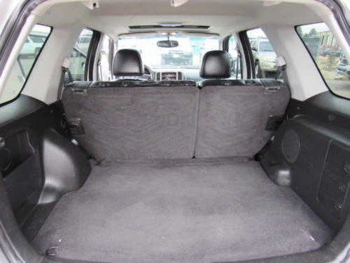 2005 Ford Escape Limited (17)