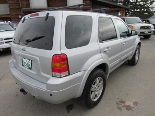 2005 Ford Escape Limited (3)