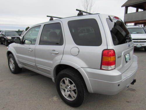 2005 Ford Escape Limited (9)