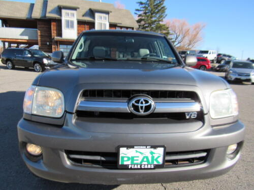 2005 Toyota Sequoia Limited (2)