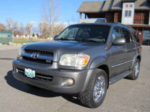 2005 Toyota Sequoia Limited (3)