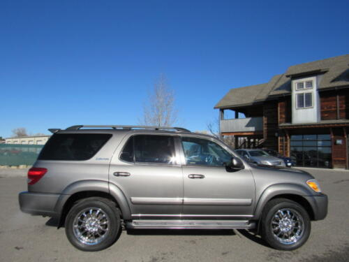 2005 Toyota Sequoia Limited (9)