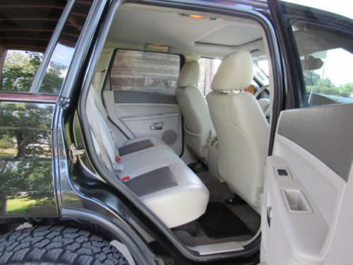 2006 Jeep Grand Cherokee Limited (18)