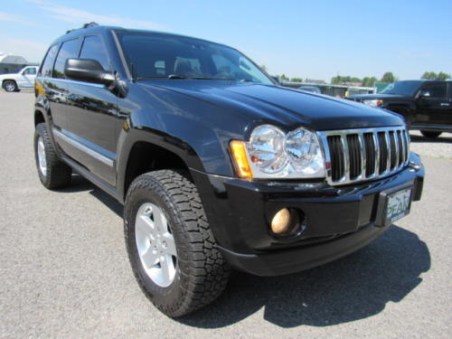 2006 Jeep Grand Cherokee Limited (9)