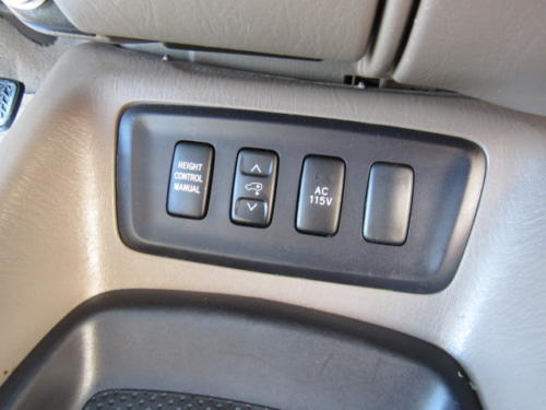 2006 Toyota Sequoia Limited (11)