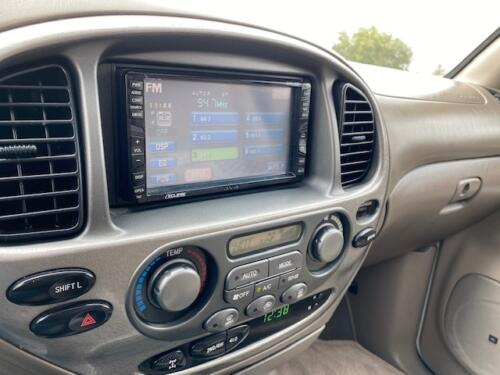 2006 Toyota Sequoia Limited (12)