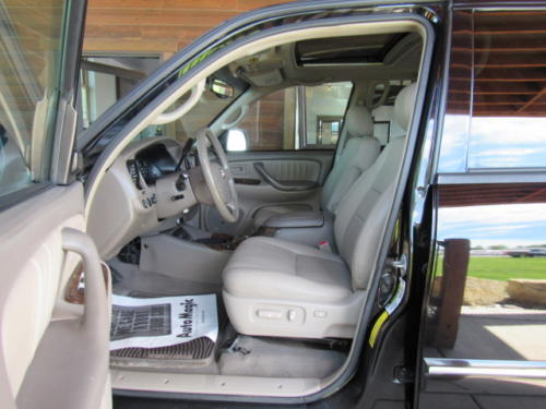 2006 Toyota Sequoia Limited (13)