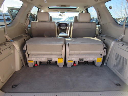 2006 Toyota Sequoia Limited (14)