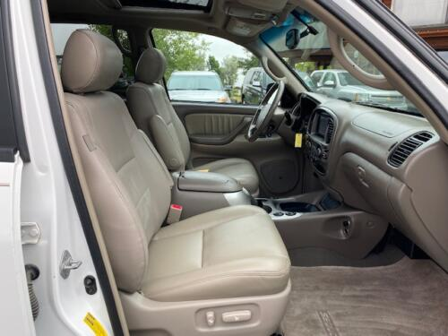 2006 Toyota Sequoia Limited (20)
