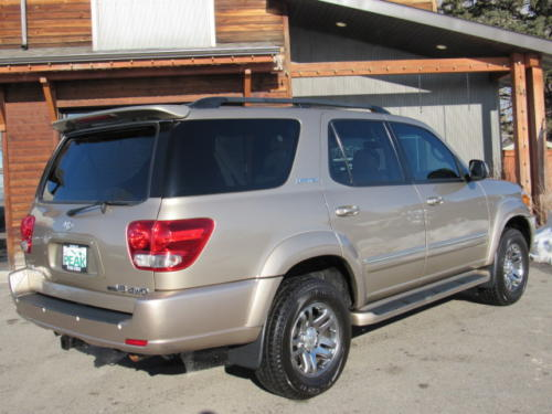 2006 Toyota Sequoia Limited (25)