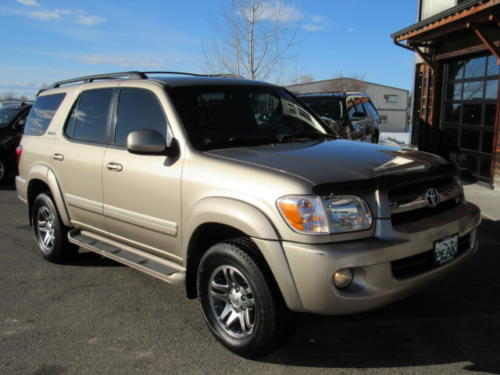 2006 Toyota Sequoia Limited (27)