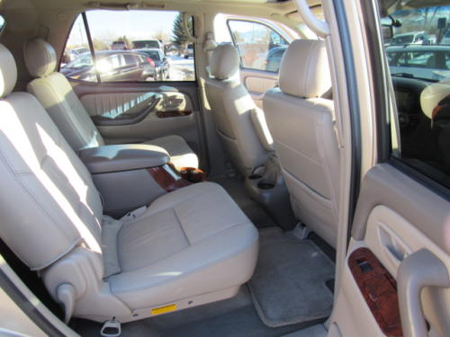 2006 Toyota Sequoia Limited (3)