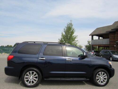 2010 Toyota Sequoia Limited (10)