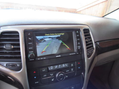 2011 Jeep Grand Cherokee Laredo (13)
