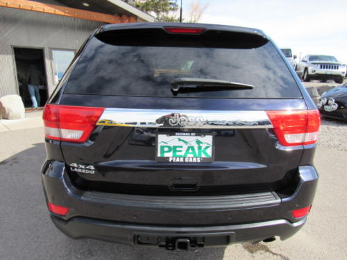 2011 Jeep Grand Cherokee Laredo (2)