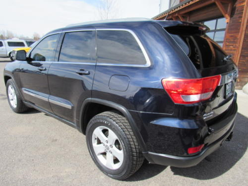 2011 Jeep Grand Cherokee Laredo (9)