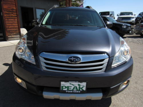 2011 Subaru Outback Limited (6)