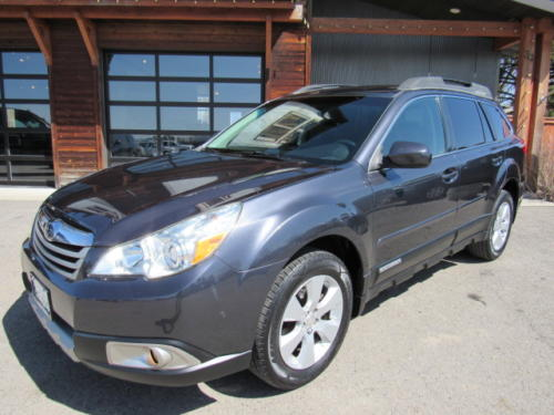 2011 Subaru Outback Limited (7)