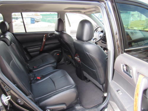 2012 Toyota Highlander Limited (22)