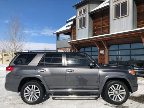 2013 Toyota 4Runner Limited (25)