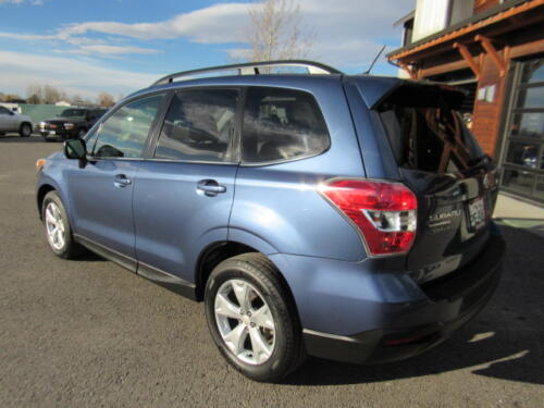 2014 Subaru Forester Limited (9)
