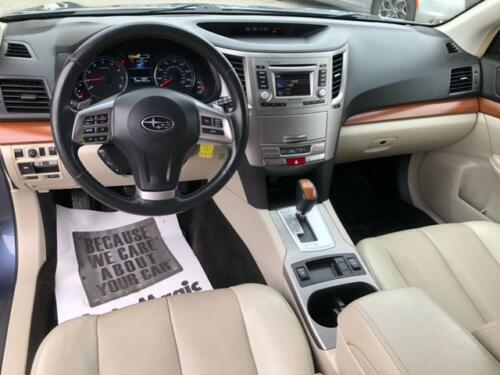 2014 Subaru Outback Limited (7)