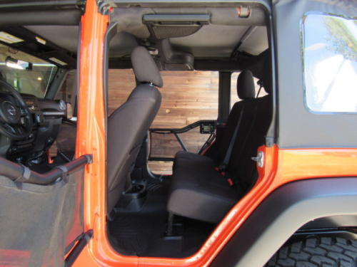 2015 Jeep Wrangler Unlimited Sport (20)