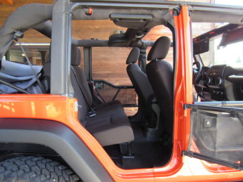 2015 Jeep Wrangler Unlimited Sport (25)