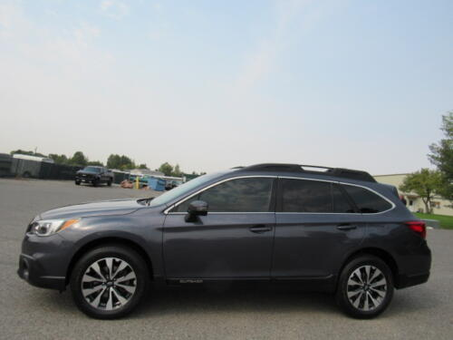 2015 Subaru Outback Limited (4)