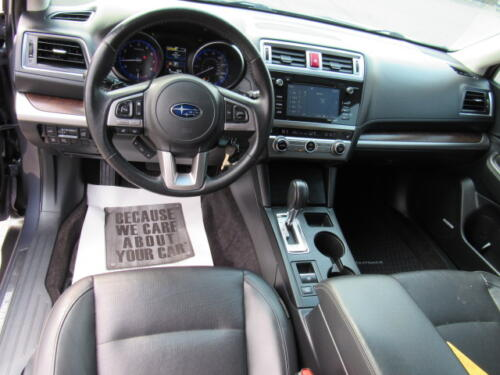 2015 Subaru Outback Limited (9)