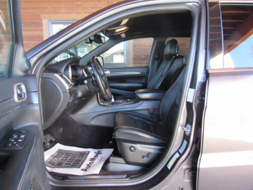 2016 Jeep Grand Cherokee Limited (12)