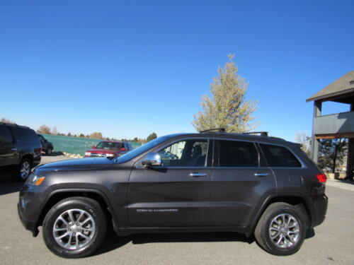 2016 Jeep Grand Cherokee Limited (4)